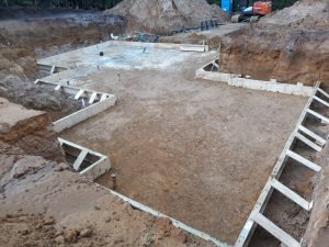 Concrete Frame Contractors - B and R Stee